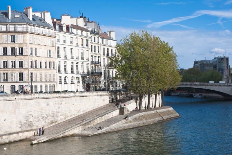 Download Invallning av floden Seine arkivfoto. Bild av transport - 27279738