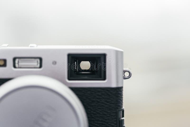 Inventor de vista ótico em uma câmera velha análoga fotos de stock royalty free