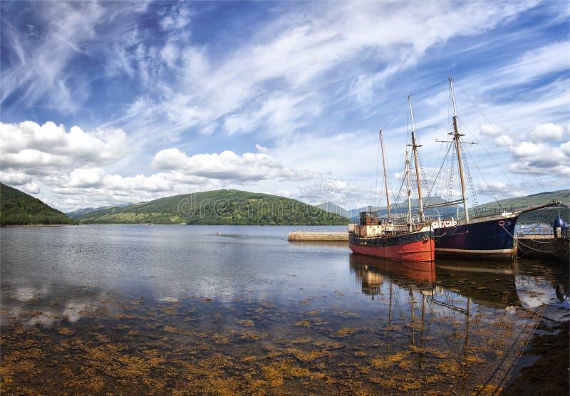 Inveraray vissersboten stock fotografie