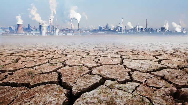 Inverkan av industriell utveckling på miljön fotografering för bildbyråer