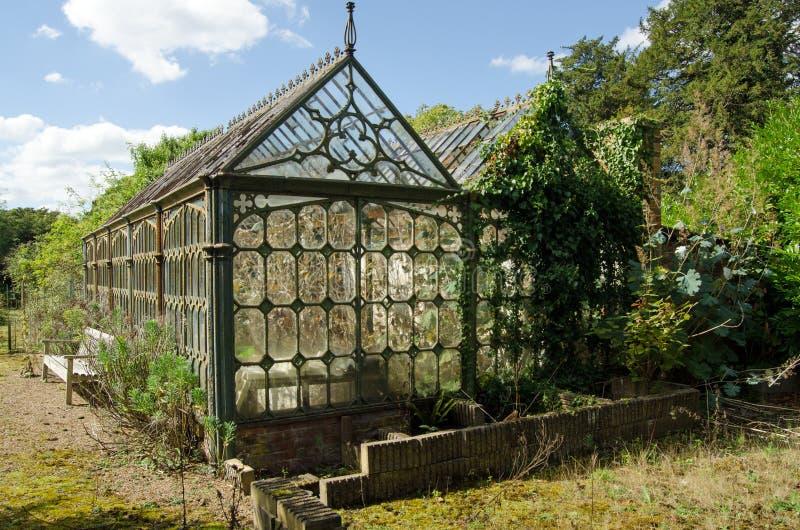 Invernadero victoriano dilapidado fotos de archivo libres de regalías