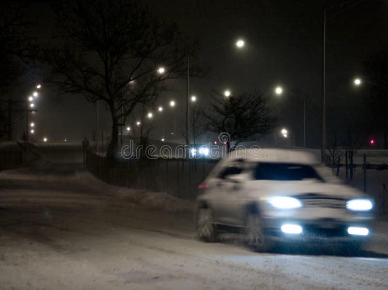 Download Inverno imagem de stock. Imagem de carros, lâmpadas, escuro - 64849