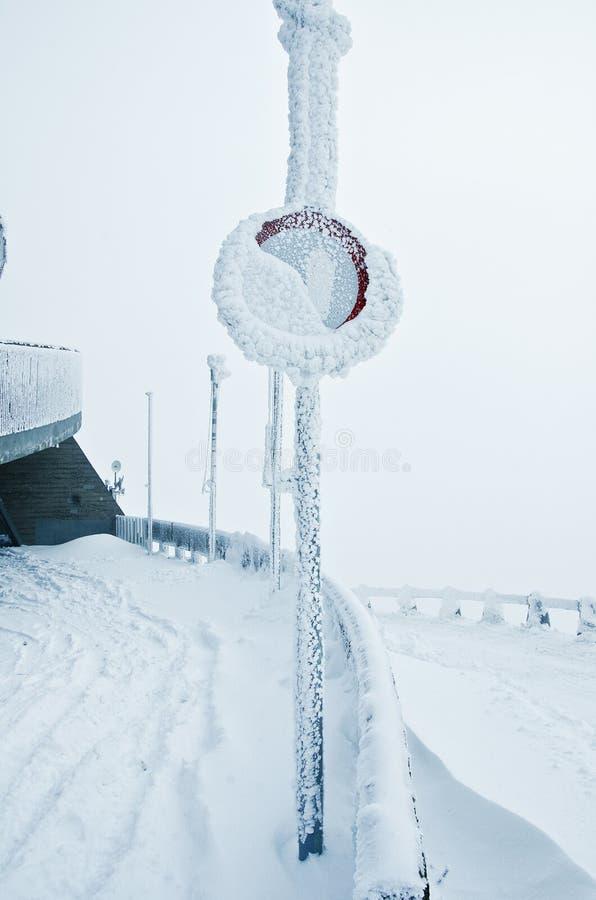Inverno congelado do sinal fotografia de stock