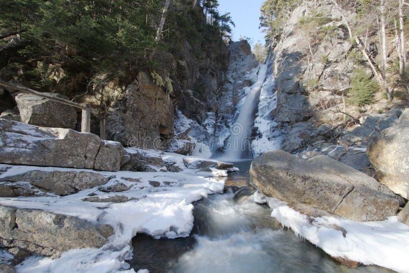 inverno da cachoeira imagem de stock