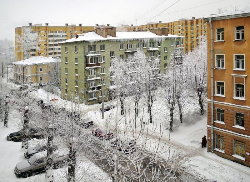 Inverno da neve na cidade imagem de stock royalty free