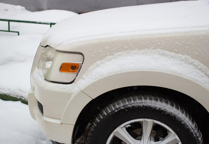Inverno del faro nella neve fotografia stock