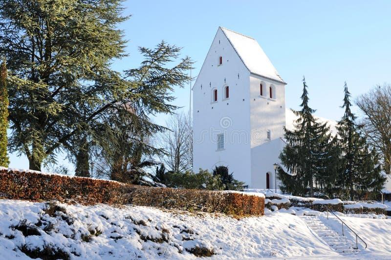 Inverno della Danimarca, chiesa di Gurre fotografia stock libera da diritti