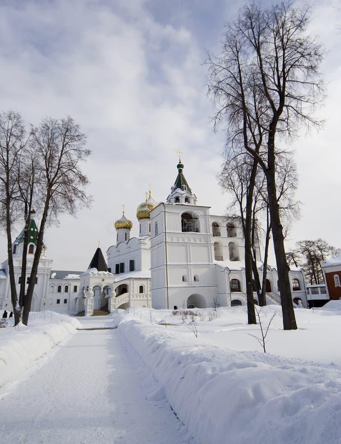 Inverno in monastero ortodosso fotografia stock libera da diritti