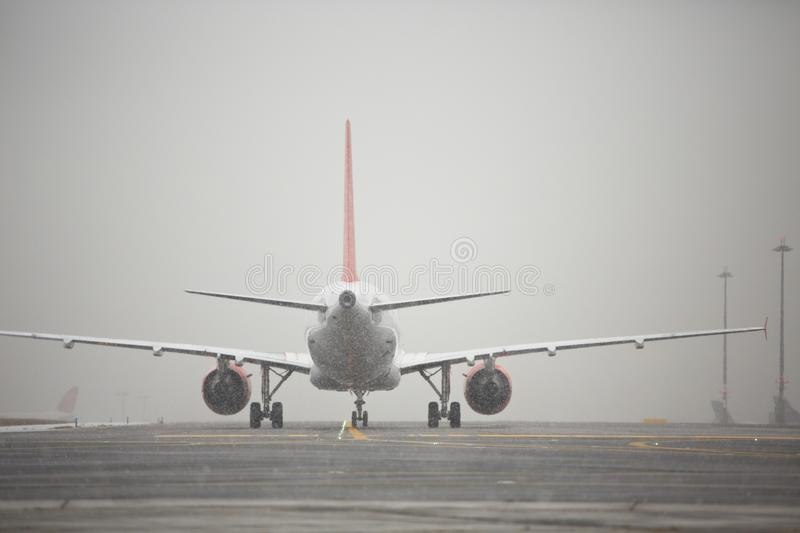 Inverno no aeroporto imagens de stock