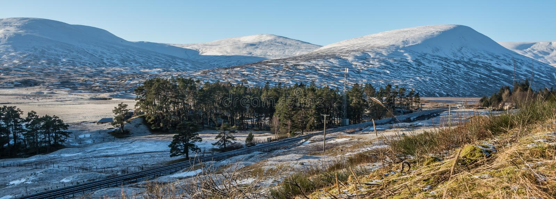 inverno Sun e neve em scotland fotos de stock royalty free