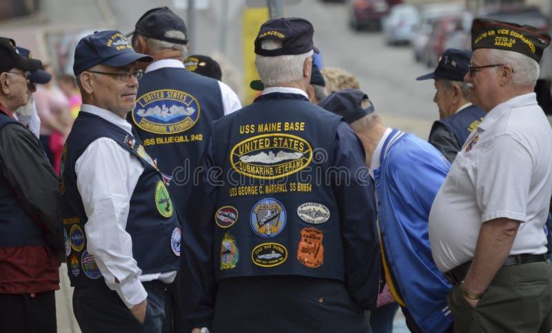 Inverse de vétérans avant défilé photos libres de droits
