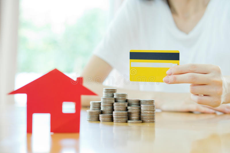Inversión inmobiliaria por la tarjeta de crédito foto de archivo