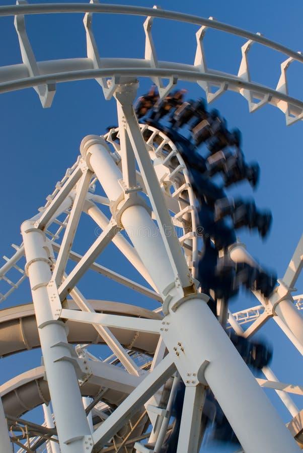 inverterad rollercoaster arkivfoton