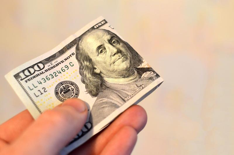 Investering, financieel, schenkingsconcept, of steekpenning, corruptieconcept De dankbaarheid van de vooruitbetalingsdienst stock foto
