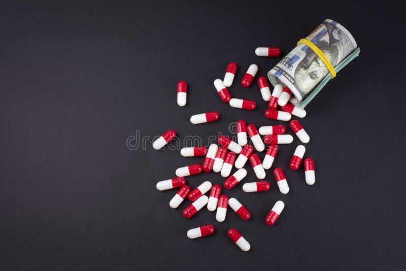 Investeringen in de farmacologische en farmaceutische zaken stock afbeelding