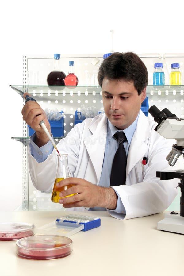Investigación farmacéutica del laboratorio imagenes de archivo