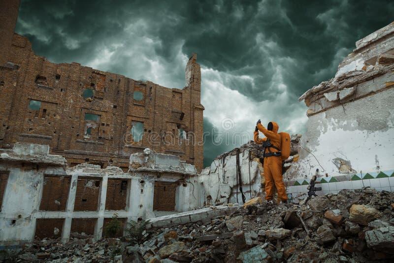 Investigador del científico de la apocalipsis de los posts fotografía de archivo