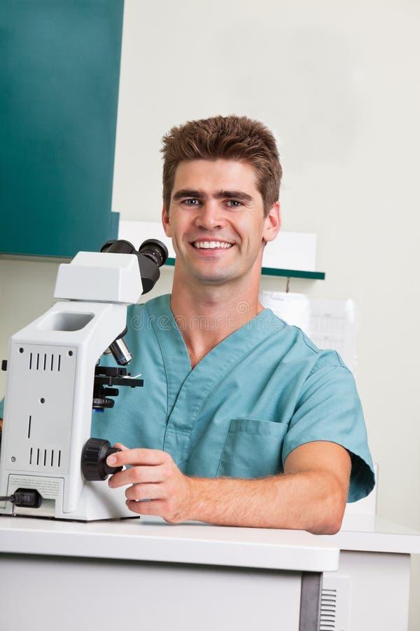 Investigador médico o científico imagen de archivo