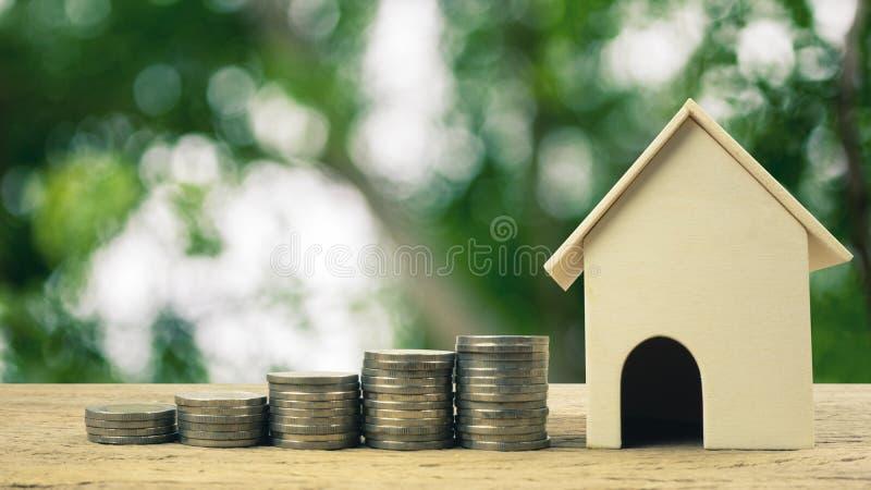 Investimento della proprietà, prestito immobiliare, ipoteca della casa, concetto finanziario del bene immobile immagini stock libere da diritti