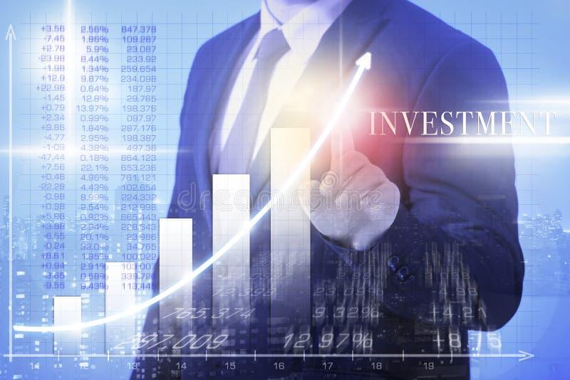Investimento do homem de negócio foto de stock royalty free