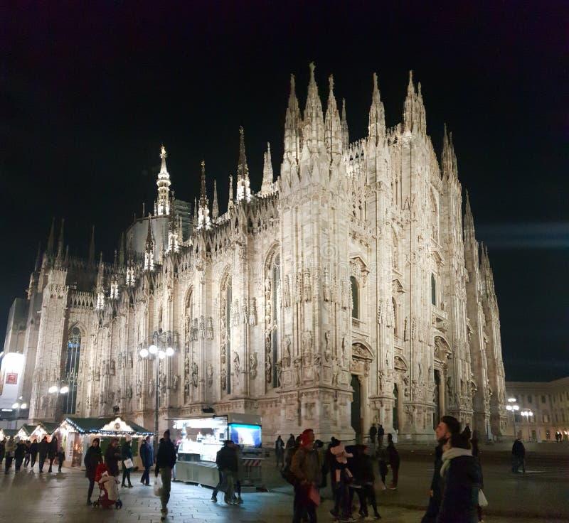 Invierno del árbol de navidad de Milano de los di del duomo de Manuel del vittorio del Galleria fotografía de archivo