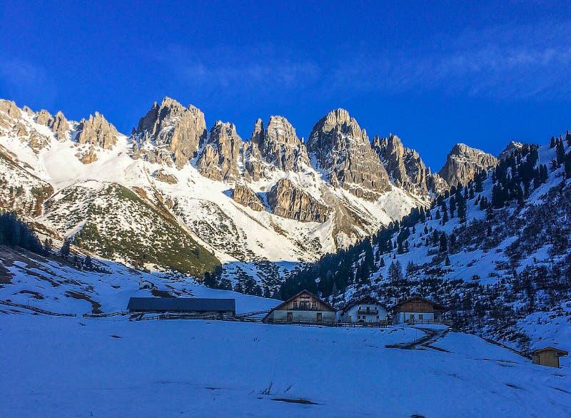 Invierno en las montañas de Austria imagen de archivo