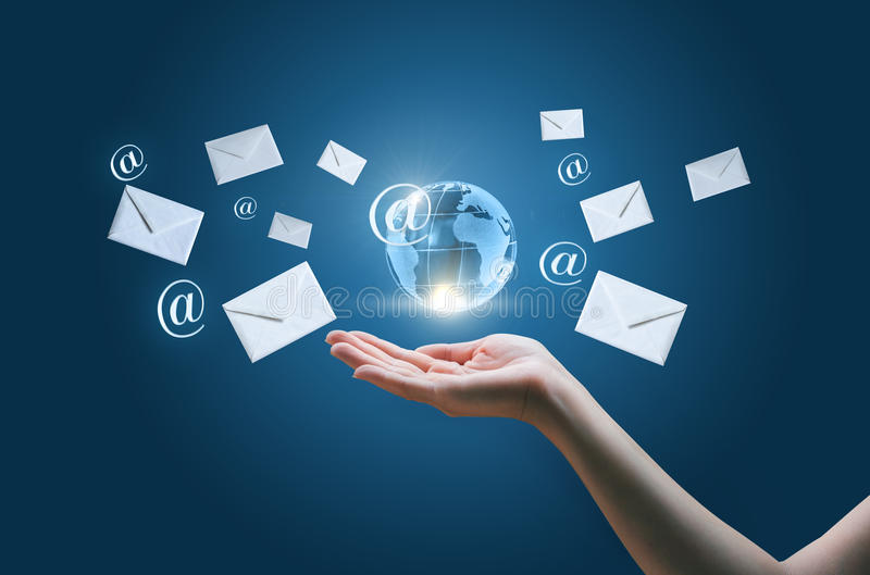 Invio dei email immagine stock libera da diritti