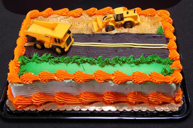 Invitación dulce de los dulces de la empanada del pastel de capas del cumpleaños del caramelo agrio de la confitería imagenes de archivo