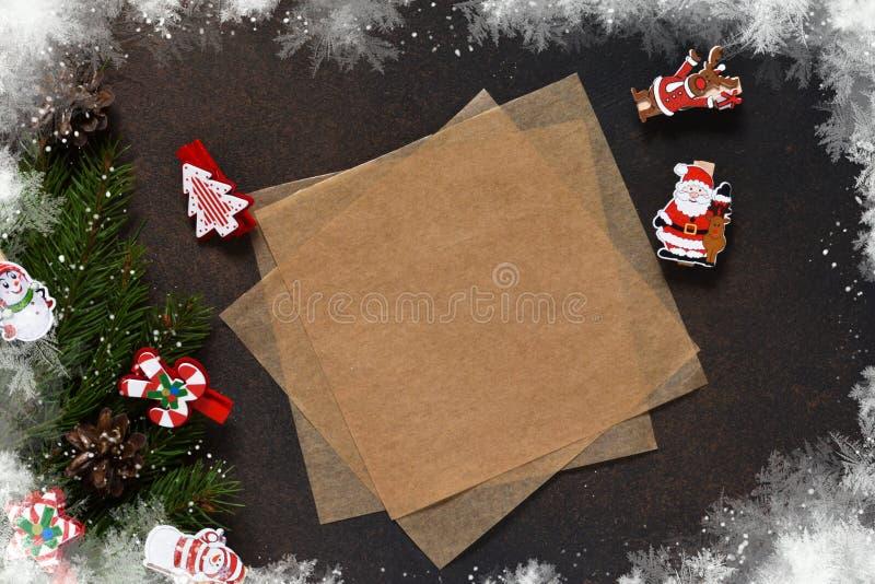 Invito di nuovo anno Lettera per Santa Albero di Natale e decorativo fotografia stock libera da diritti