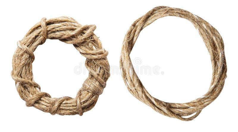 Involucro della corda con l'arco isolato su bianco fotografia stock