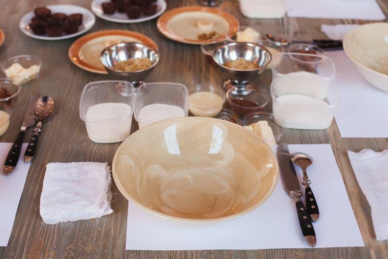 Inwentarz dla kulinarnej mistrz klasy, składników i naczyń dla robić robić cukierkom, mapy dystrybuci stopień notatek biurowego p obrazy royalty free