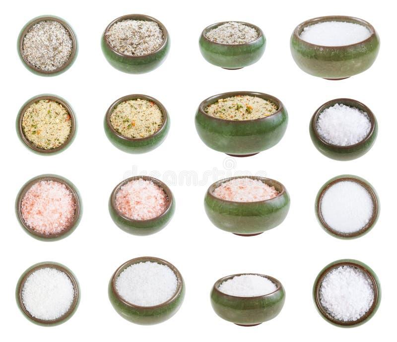 Inzameling van ceramische zoute kelder met zouten royalty-vrije stock afbeeldingen