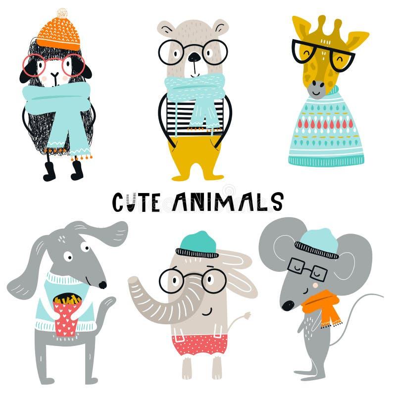 Inzameling van de leuke dieren van het jonge geitjesbeeldverhaal met kleren en toebehoren Reeks wilde karakters in Skandinavische royalty-vrije illustratie