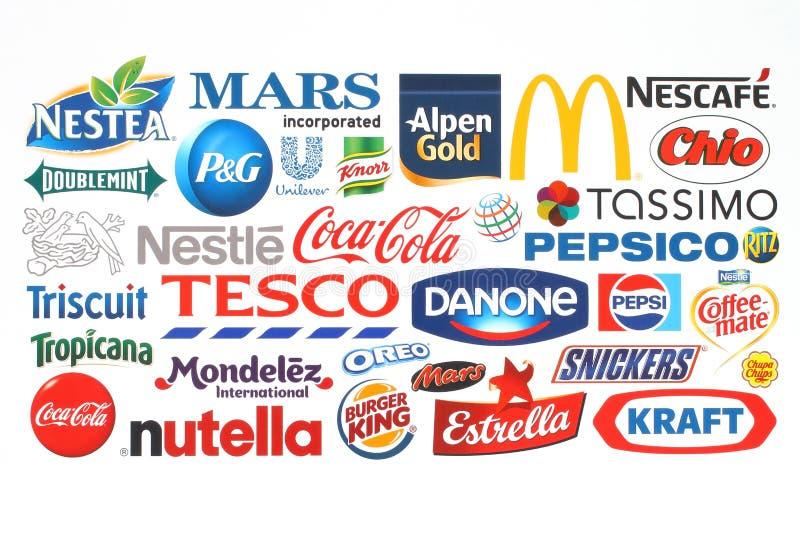 Inzameling van de populaire die bedrijven van voedselemblemen op papier worden gedrukt