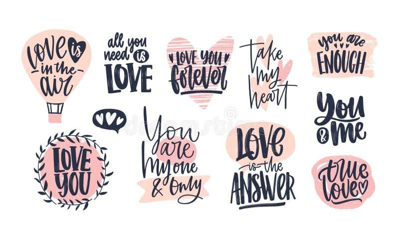 Inzameling van het modieuze de dag van Valentine ` s van letters voorzien met de hand geschreven met elegante cursieve doopvont R royalty-vrije illustratie