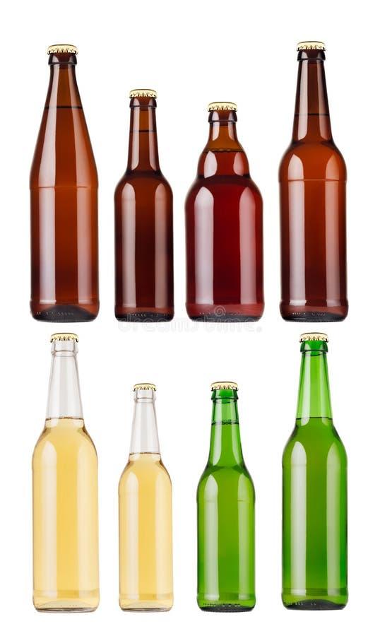 Inzamelings verschillende types en omhoog de geïsoleerde flessen van het kleurenbier, spot stock foto's