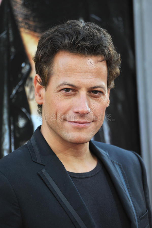 Download Ioan Gruffudd editorial stock photo. Image of picture - 26290233