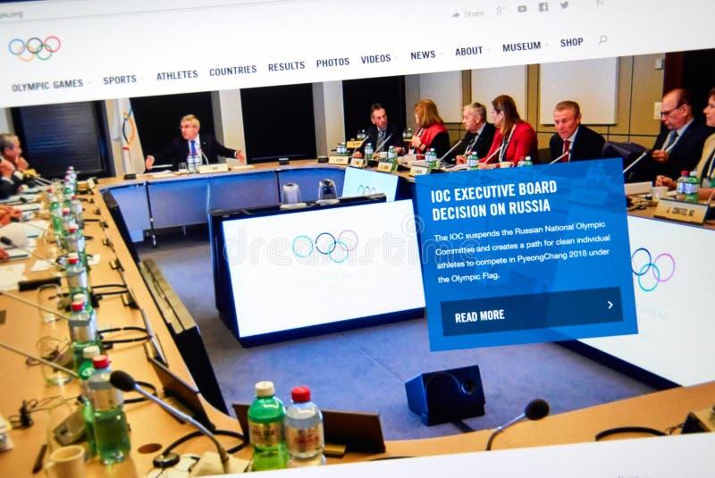 IOC schort de Russische Nationale Olympische Comité webpagina op royalty-vrije stock foto's