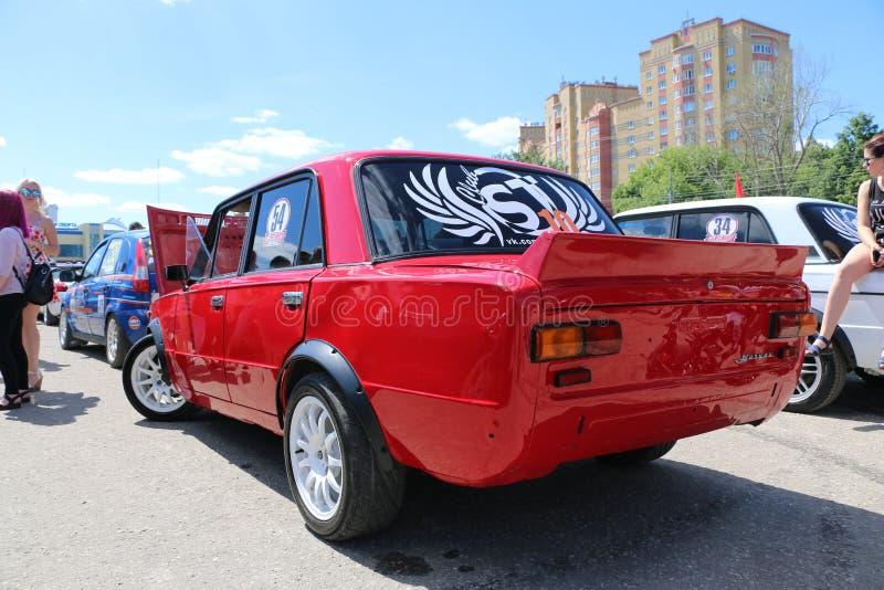 IOCHKAR-OLA, RUSSIE, LE 2 JUIN 2019 : Exposition d'automobile et de moto - festival - exposition du SOMMET 2019 de YO - Autoshow  photo stock