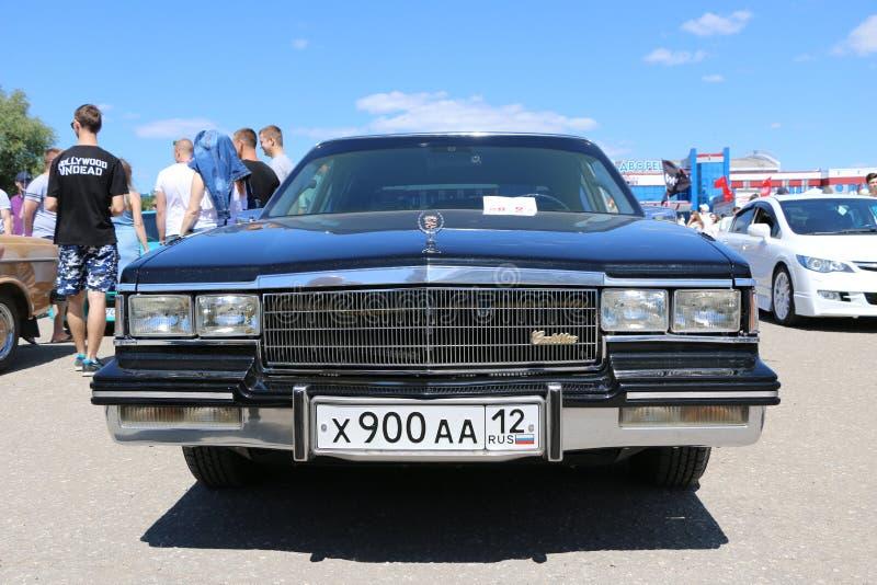 IOCHKAR-OLA, RUSSIE, LE 2 JUIN 2019 : Exposition d'automobile et de moto - festival - exposition du SOMMET 2019 de YO - Autoshow  image stock