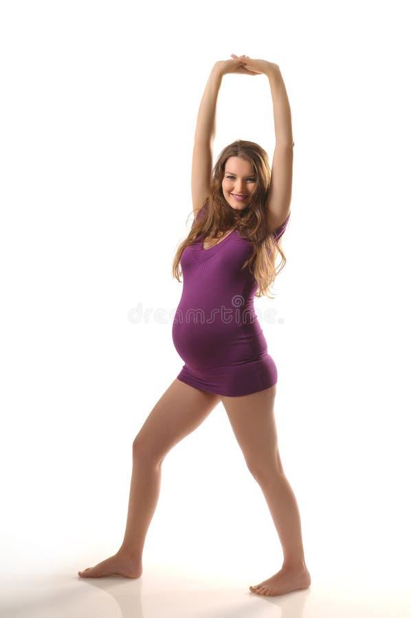 Ioga durante a gravidez foto de stock royalty free