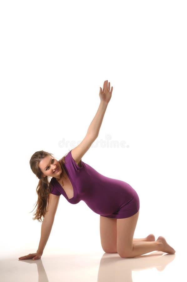 Ioga durante a gravidez imagem de stock royalty free