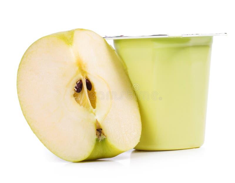 Iogurte da maçã deliciosa fotos de stock royalty free