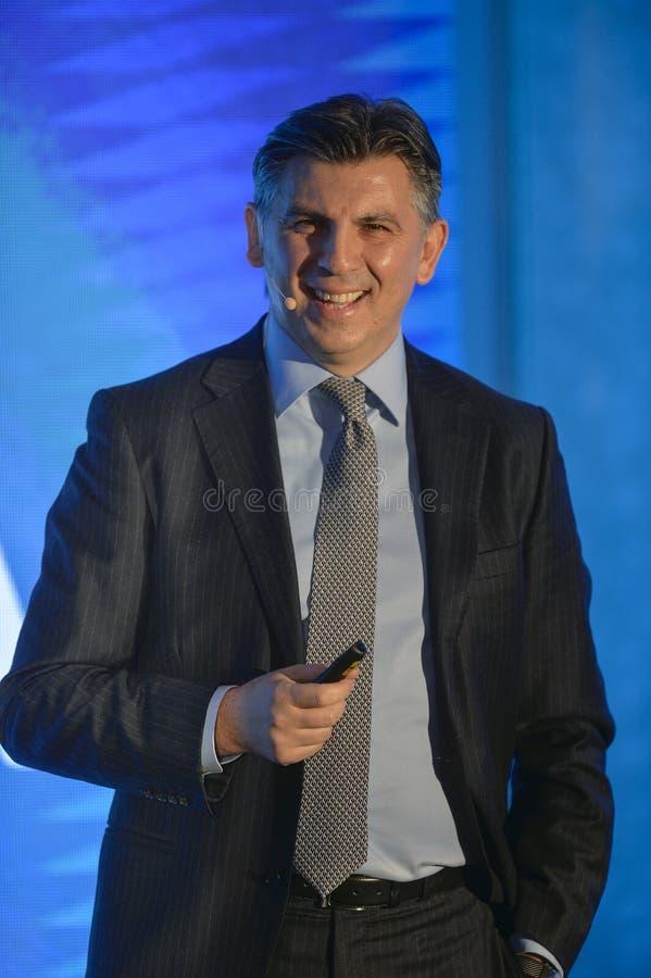 Ionut Lupescu запускает его кандидатуру для президентства федерации футбола Румынии стоковые фото