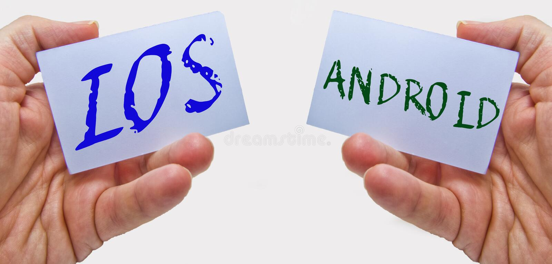 IOS contra ANDROID Sistema operacional para o telefone celular foto de stock royalty free