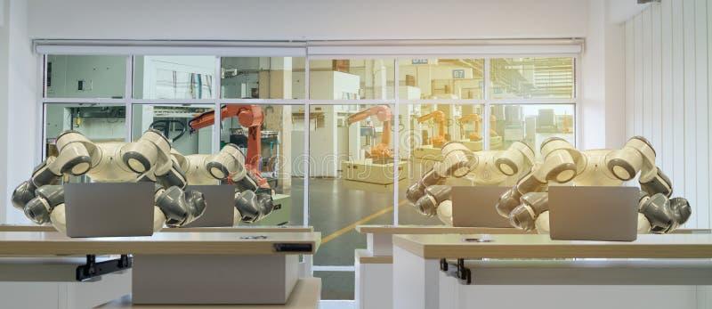Iot slimme fabriek in de industrie 4 het concept van de 0 robottechnologie, ingenieur die, bedrijfsmens futuristische tablet gebr stock foto's