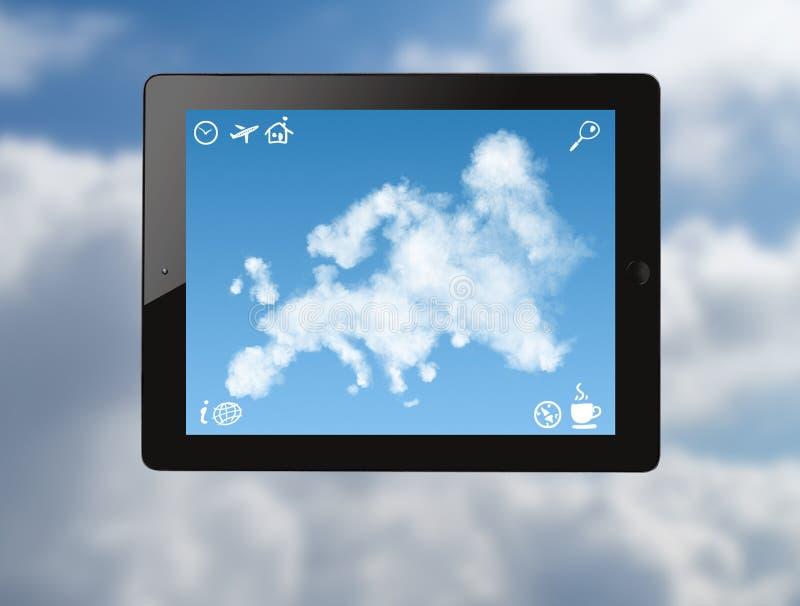 Ipad mit Karte von Europa machte von den Wolken lizenzfreie abbildung