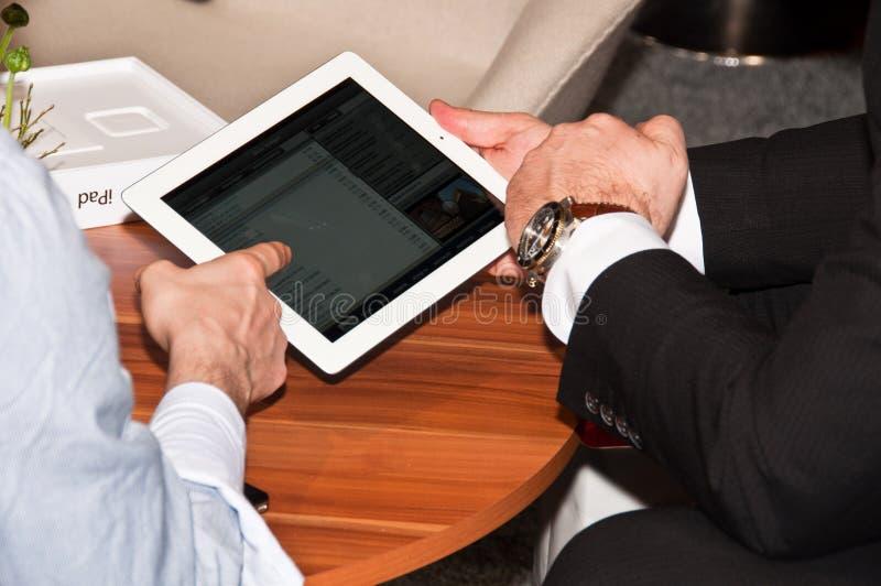 iPad2 em investem a exposição em Estugarda   fotos de stock
