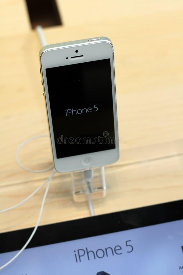 IPhone 5 fotografering för bildbyråer