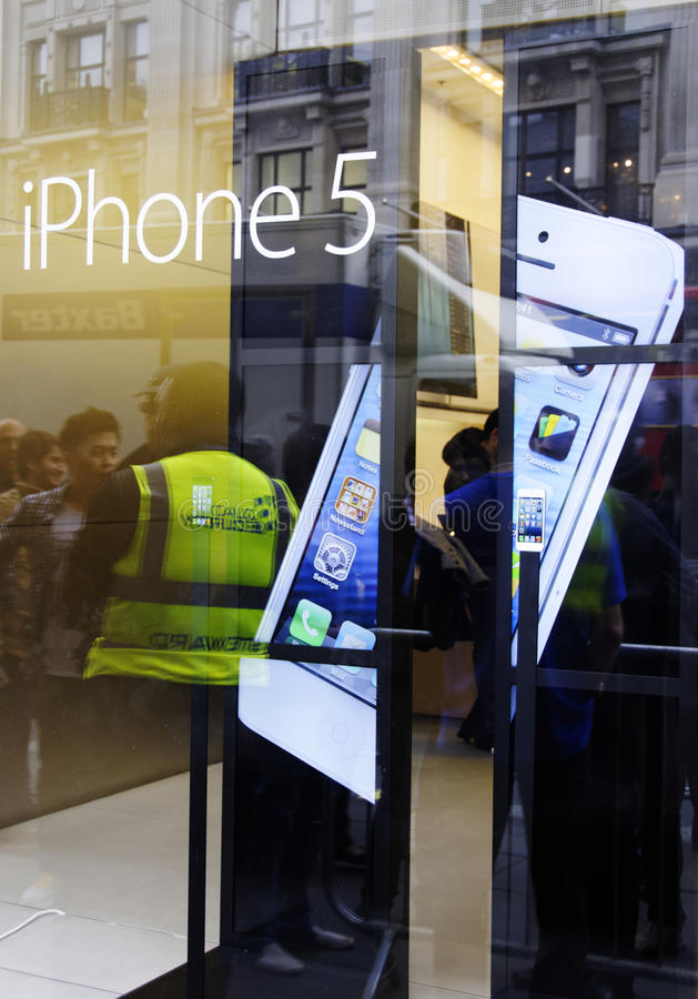 Download IPhone 5 launch in London editorial stock image. Image of phone - 26724279
